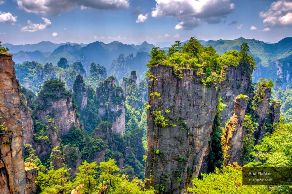 zhangjiajie stone forest park